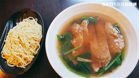 餐廳,排骨麵,分開,員工餐廳,醬汁(圖/網友提供)