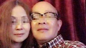 藍姓退役中校遭吸收成共諜,臉書有與女子親暱照片。(圖/翻攝臉書)