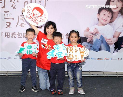 正懷第二胎身孕的孫燕姿首次參與國內守護兒童公益活動。(記者邱榮吉/攝影)