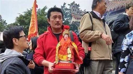 李㼈率領眾多明星前往湄洲迎請天上聖母媽祖。(圖/翻攝自臉書)