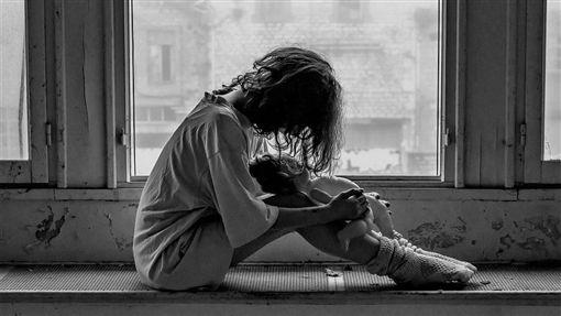示意圖/憂鬱,輕生,自殺(圖/翻攝自Pixabay)