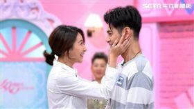 楊晴使出撩男演技讓楊子儀瞬間耳紅。(圖/TVBS提供)