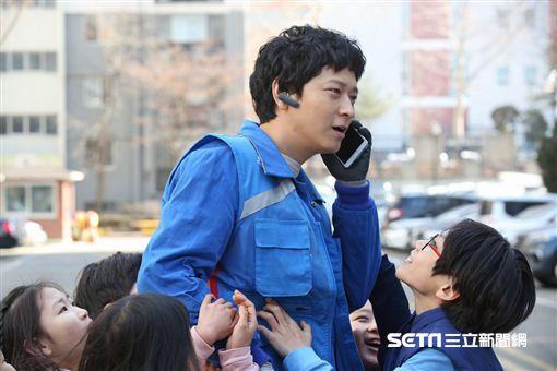 姜棟元為《宅配男逃亡曲》首度造訪台灣/車庫娛樂提供