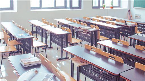 國中生還未成年 教科書卻教「性滿足」?家長:根本就亂編教室,學生,學習,圖/翻攝自Pixabay