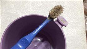 牙刷,髒污(圖/爆料公社)