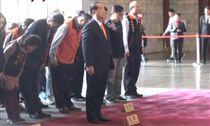 親民黨主席宋楚瑜12日赴國父紀念堂致意(圖/讀者提供)