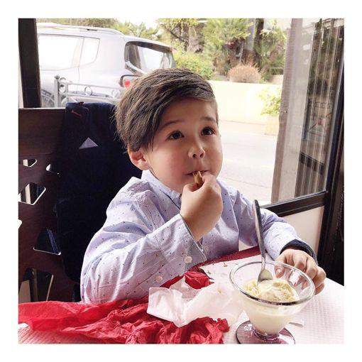 超級吃貨一枚的弟弟「肥安」。(圖/翻攝自臉書)