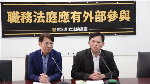 黃國昌,徐永明 圖/時代力量提供