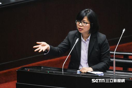 民進黨立法委員林淑芬質詢。 圖/記者林敬旻攝