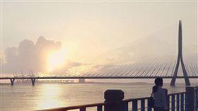 淡江大橋主橋段將第8度招標攸關淡海新市鎮發展的淡江大橋2014年動工,主橋段至今流標7次,交通部公路總局多次檢討,工程經費提高逾新台幣40億元,將進行第8度招標。(取自交通部公路總局網站)中央社記者汪淑芬傳真 107年2月24日