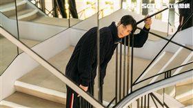 蕭敬騰參訪香奈兒故居(圖/華納提供)