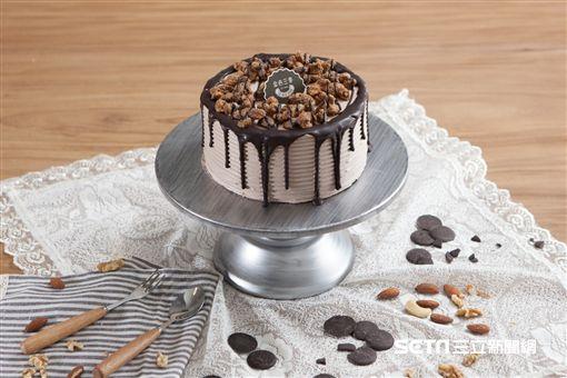 可可瀑布蛋糕(圖/金色三麥提供)