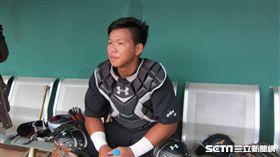 ▲Lamigo的19歲捕手廖健富開季一軍出現機會。(圖/記者蕭保祥攝)