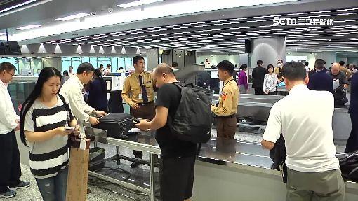 機場通關偷手機 港男機艙內人贓俱獲