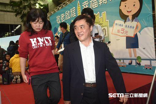 前台北市長郝龍斌出席「敬老啟程幸福轉乘」記者會。 圖/記者林敬旻攝