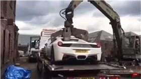 法拉利,零件,英國,銷毀,458 Spider,Zahid Khan 圖/翻攝自YouTube