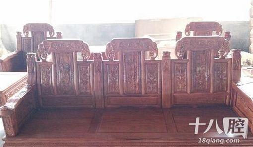 中國大陸,紅木,傢俱,新郎,新娘,立室,分手(圖/翻攝自義烏十八腔)http://www.18qiang.com/read-htm-tid-512876.html