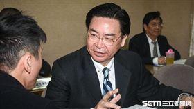 外交部長吳釗燮出席國防及外交委員會備詢。 圖/記者林敬旻攝