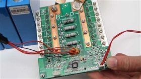 小心劣質鋰電瓶 可能將ECU燒掉(圖/車訊網)