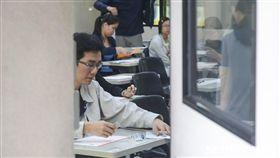 台電7月招考,2萬考生應考,-國家考試-考場-國考-公職- 圖/記者林敬旻攝