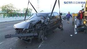 國道自撞又被追撞 駕駛命大毫髮無傷