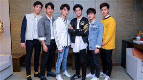 一年生,Krist,Singto,Oaujun,Fiat,Guy,Nammon/佳音娛樂提供