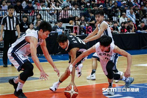 ▲UBA,大專籃球聯賽,男人季軍,義守,高師。(圖/記者蔡宜瑾攝影)