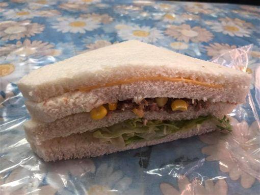 早餐,吐司,三明治,餡料,新竹大小事 圖/翻攝自臉書新竹大小事