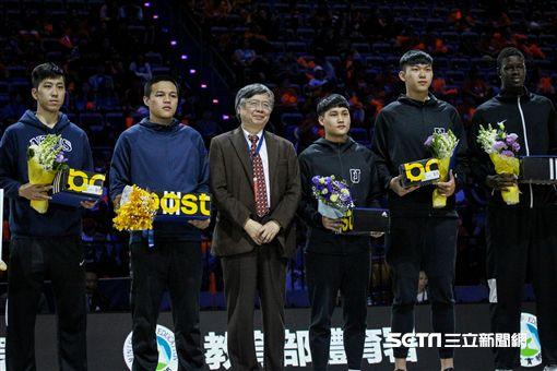 ▲UBA,大專籃球聯賽,頒獎典禮,個人獎項。(圖/記者蔡宜瑾攝影)