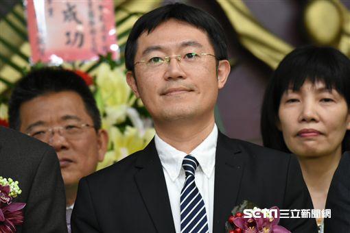 新任黨團總召李坤城出席民進黨新北市議會幹部交接。 圖/記者林敬旻攝