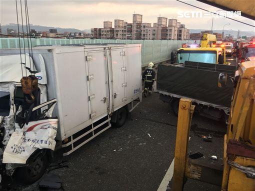 追撞,64,連環撞,貨車,轎車,北海,受困