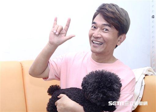 吳宗憲錄影前接受訪問,圖/記者蔡世偉攝影