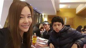 孫鵬、狄鶯與兒子/狄鶯臉書