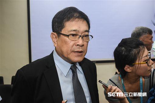 立法院經濟委員會要求經濟部、台電29日進行專案報告,台電董事長楊偉甫說明核二現況。 圖/記者林敬旻攝