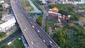 高速公路,拓寬。