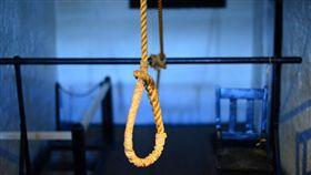 自殺,上吊,輕生,身亡(圖/翻攝自Pixabay)
