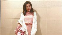 KIMIKO打扮成氣質貴婦遇管理員搭訕。(圖/翻攝自臉書)