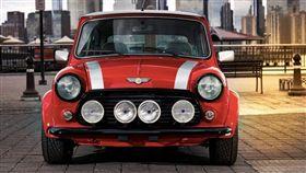 改裝自1959年Mini的電動拉力車。(圖/翻攝Mini網站)