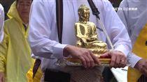 佛陀真身舍利入台 永住130高僧遶境祈福