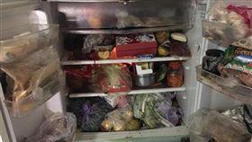 「婆婆的冰箱」照曝光 網友全驚呆。(圖/翻攝自臉書爆怨公社)