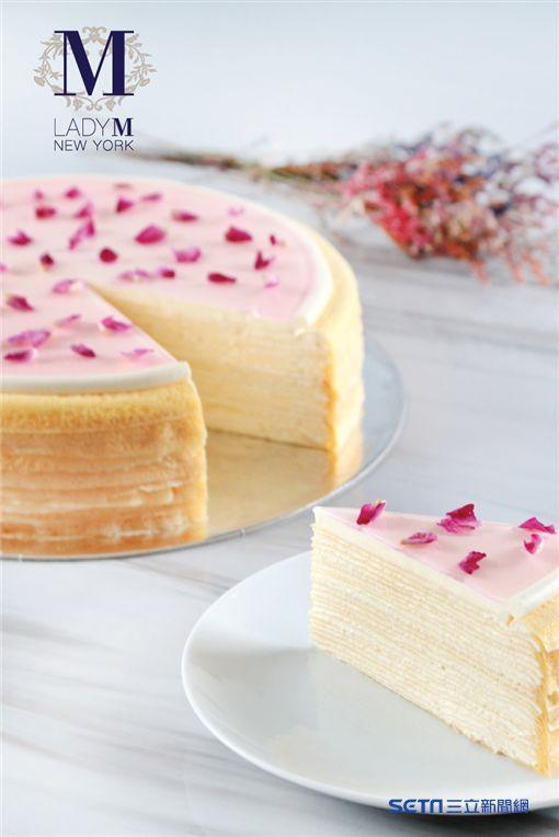 玫瑰千層蛋糕, 母親節蛋糕。(圖/Lady M 提供)