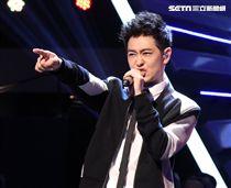 林志穎發行新專輯台灣首場錄「綜藝大熱門」開唱。(記者邱榮吉/攝影)