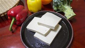 16:9 豆腐 白豆腐 傳統豆腐 圖/翻攝自pixabay https://pixabay.com/photo-597229/