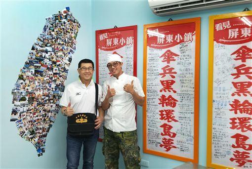 店面掛滿「看見屏東小鎮」簽名布旗及把所拍的照片貼成一個台灣圖樣。(記者邱榮吉/攝影)