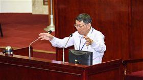 台北市長柯文哲出席台北市議會總質詢。 圖/記者林敬旻攝