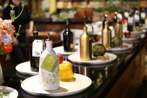 O&CO.發表2018最新橄欖季油品 地中海名廚獻手藝有機,橄欖,OLIVIERS & CO.,地中海料理,心血管保護,風味油品