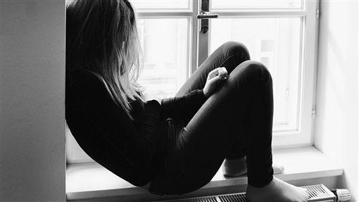 16:9女童 暴力 絕望 悲傷 無助圖/翻攝自pixabayhttps://pixabay.com/photo-2100307/