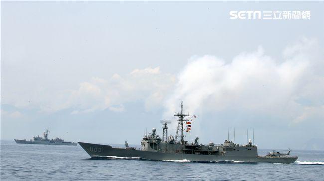 成功級飛彈巡防艦為國造修改美國海軍派里級巡防艦。(記者邱榮吉/蘇澳拍攝)