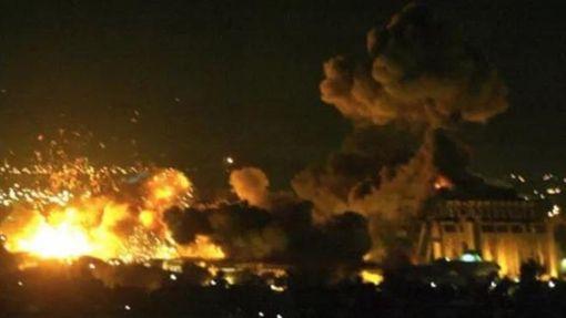 美英法空襲敘利亞首都大馬士革圖翻攝自微博