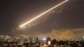 敘利亞,空襲,化武,美國,川普,英國,法國,報復,攻擊(圖/美聯社/達志影像)